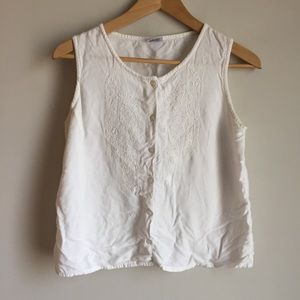Vintage Sleeveless Embroidered Top